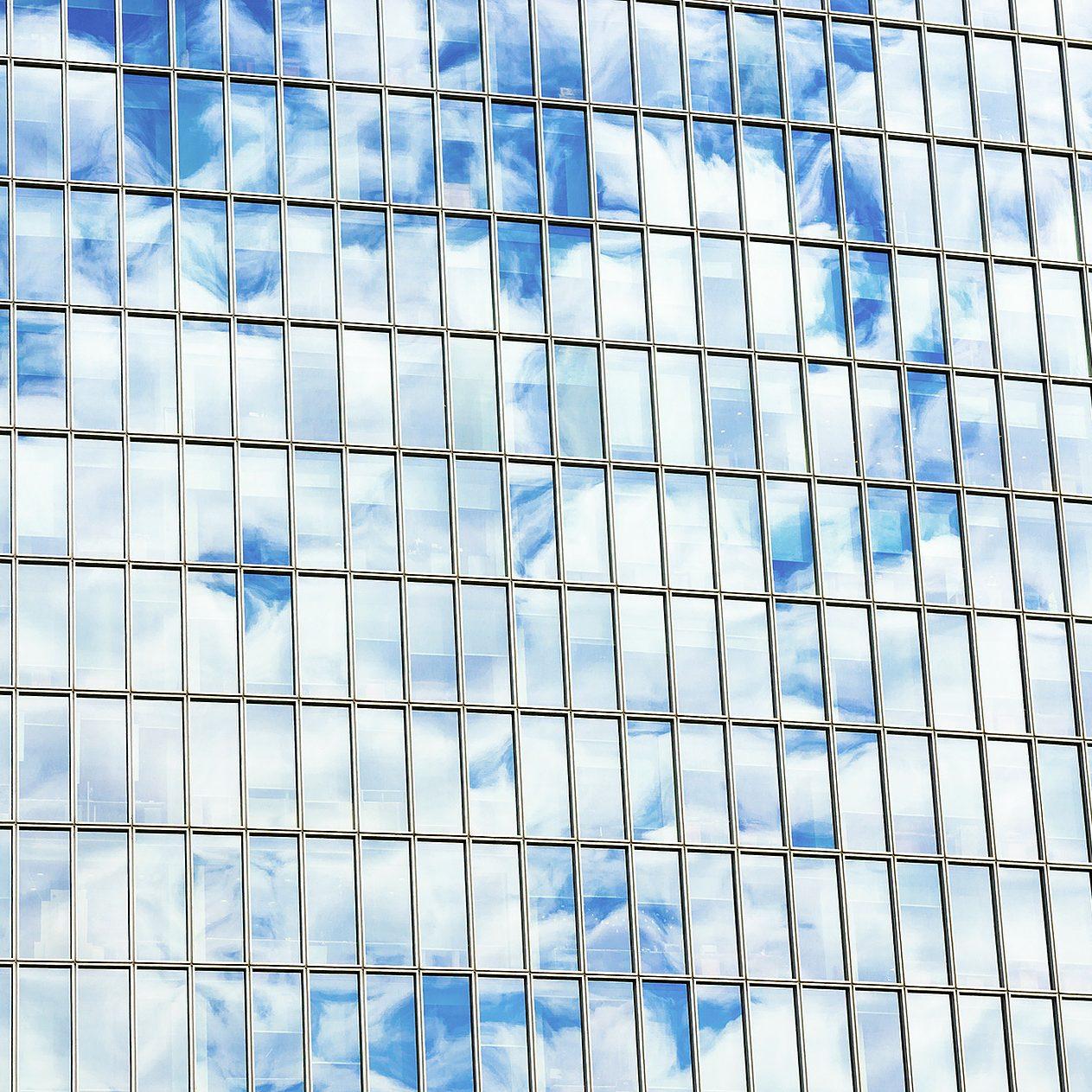 facade-batiment-vitre